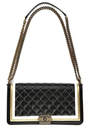 CHANEL_bag_black_gold7